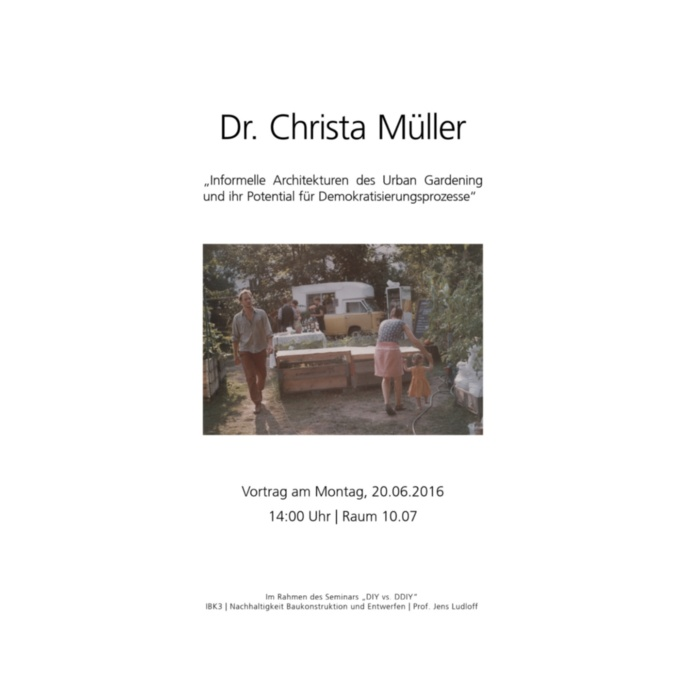 Dr Christa Müller